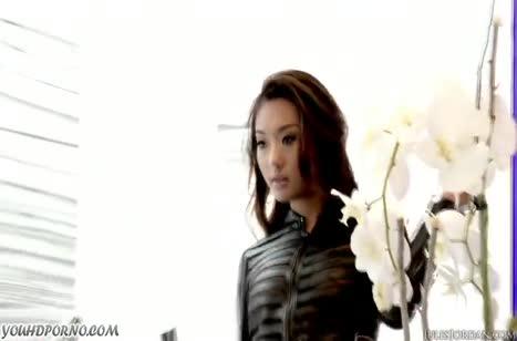 Скриншот Сексуальных азиаток страстно прут во все щели №3420 #1
