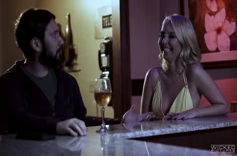 Скриншот Пошлые блондинки любят секс во всех позициях №4275 #3