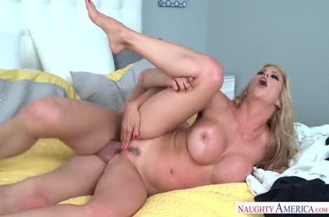 Скриншот Порно горячих девушек с большими сиськами №3301 бесплатно #5
