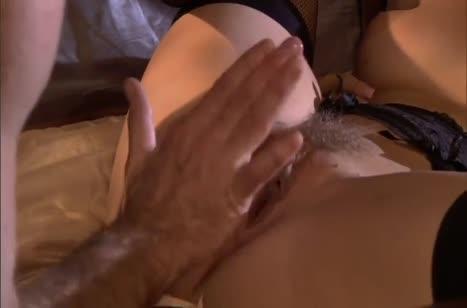 Скриншот Классная порнушка №2609 с пошлыми девушками в чулках №2609 #3