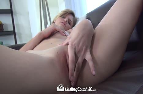 Скриншот Парни с девушками тренируются для порнухи №4117 #5