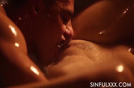 Скриншот Красивое порно с аппетитными девушками бесплатно №2696 #3