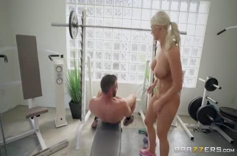 Скриншот Порно видео с красотками в лосинах бесплатно №3550 #5