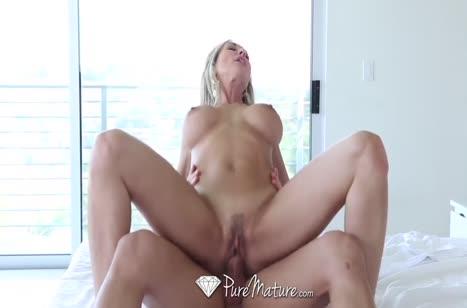 Скриншот Порно видео с аппетитными мамками бесплатно №2430 #4