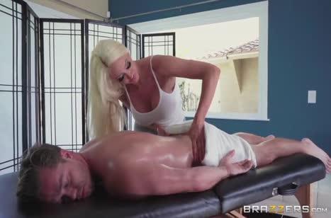 Скриншот Красивое порно в массажном кабинете бесплатно №3698 #1