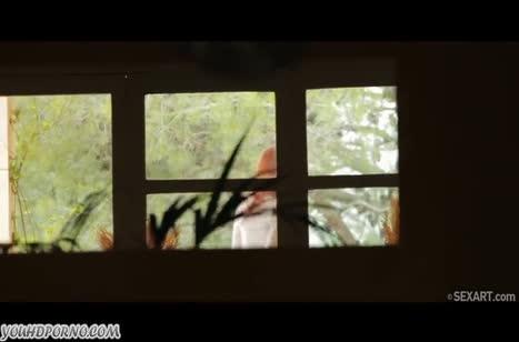 Скриншот Гламурная молодая девушка любит трахаться №3225 #1