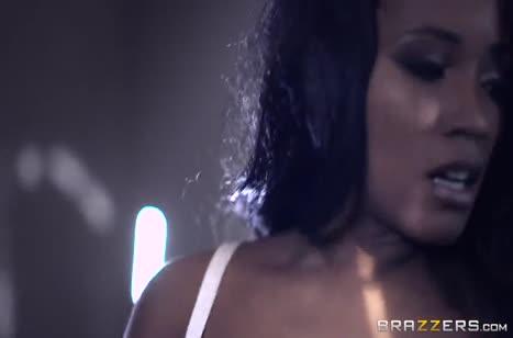 Скриншот Смачное порно видео с неграми на телефон №3078 #2