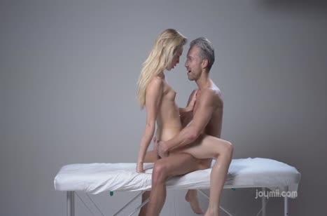Скриншот Русские парочки хорошо умеют снимать порнуху №2747 #5