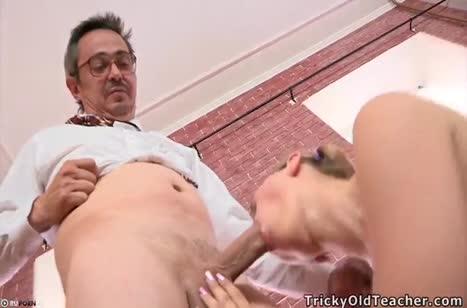 Скриншот Русское порно видео с милахами №903 бесплатно #3