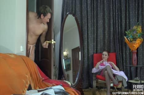 Скриншот Порно видео с рыжими милашками №4679 на телефон #1
