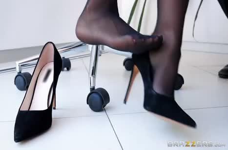 Скриншот Развратное порно видео в офисе №2928 бесплатно #1