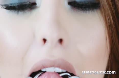 Скриншот Хардкорное порно видео с любительницами разврата №2660 #1