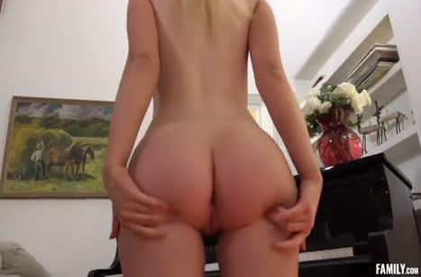 Жесткое порно на телефон с пошлыми бабенками №3052