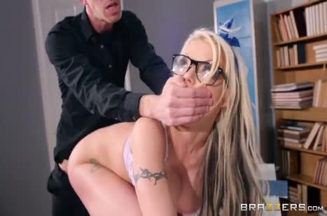 Скриншот Хардкорное порно видео с любительницами разврата №3826 #4